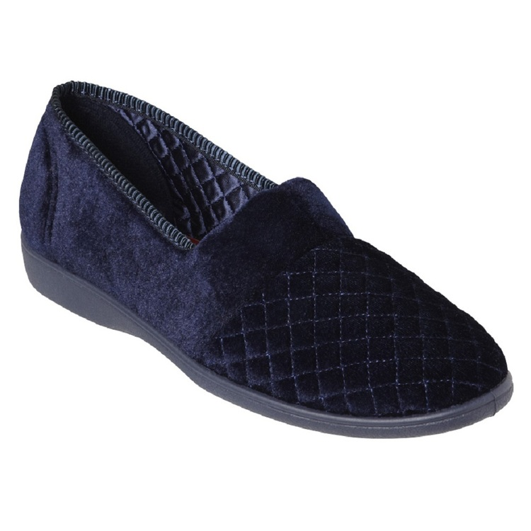 GROSBY MARCY QUILTED VELOUR SLIPPER