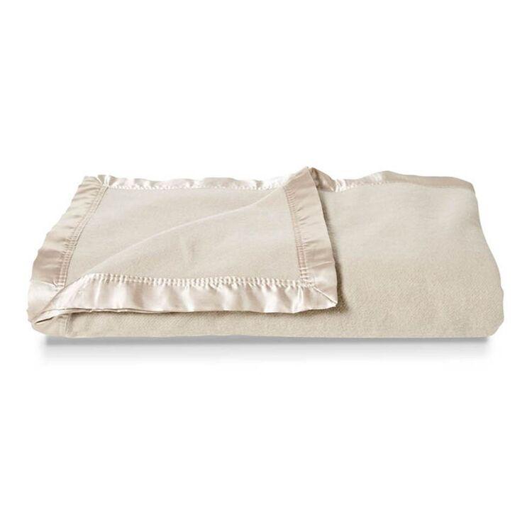 ELYSIAN Wool Blend Blanket Queen Bed
