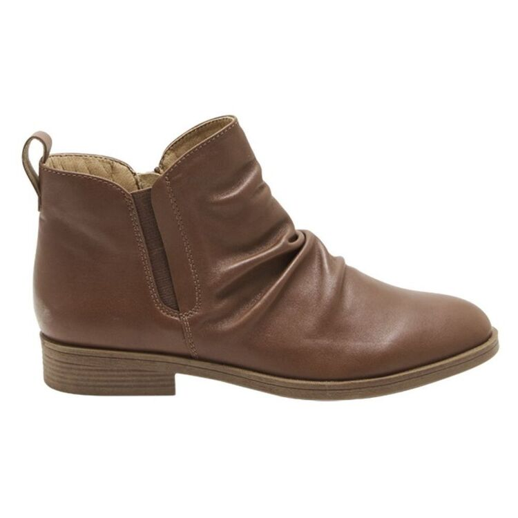 HUSH PUPPIES CHATEAU Leather Ruched Boot With Side Zip