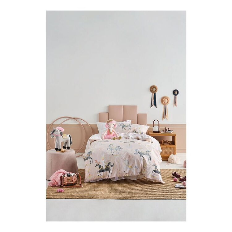 LINEN HOUSE KIDS STAR OF THE SHOW QUILT COVER SET SINGLE BED