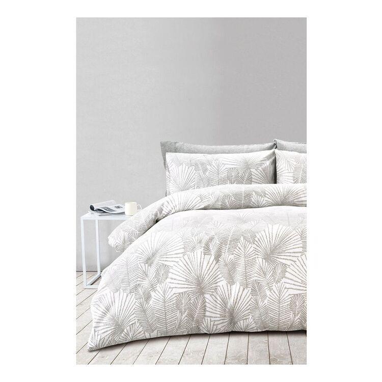 SHAYNNA BLAZE  FERN PRINT FLANNELETTE QUILT COVER SETKING BED