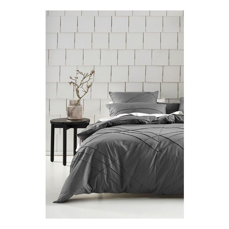 LINEN HOUSE AMITY QUILT COVER SET QUEEN BED