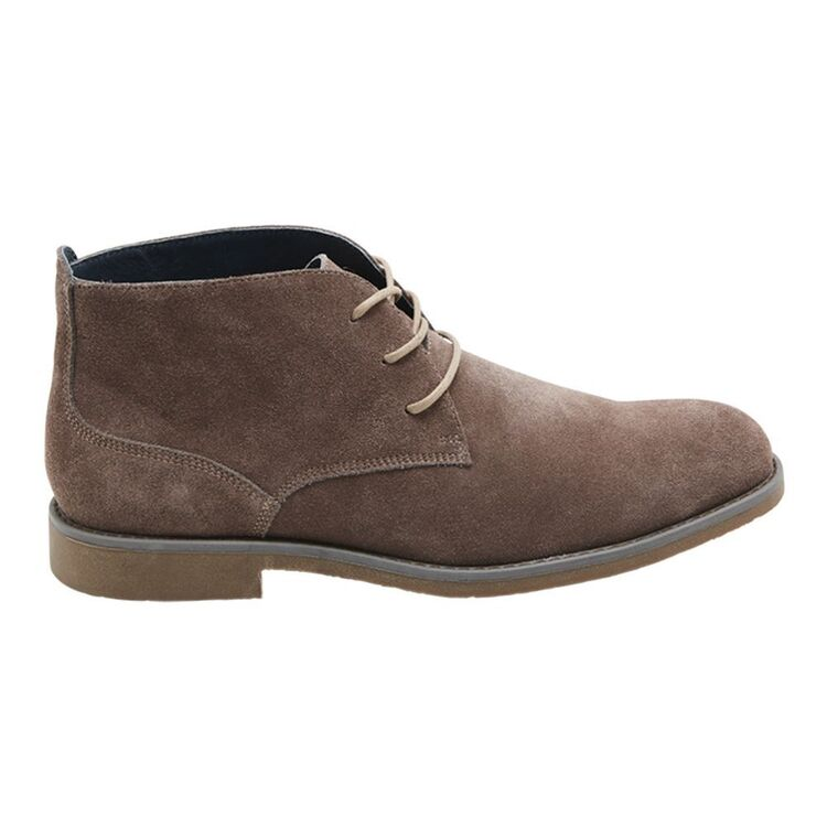 HUSH PUPPIES THORN SUEDE CHUKKA STYLE BOOT