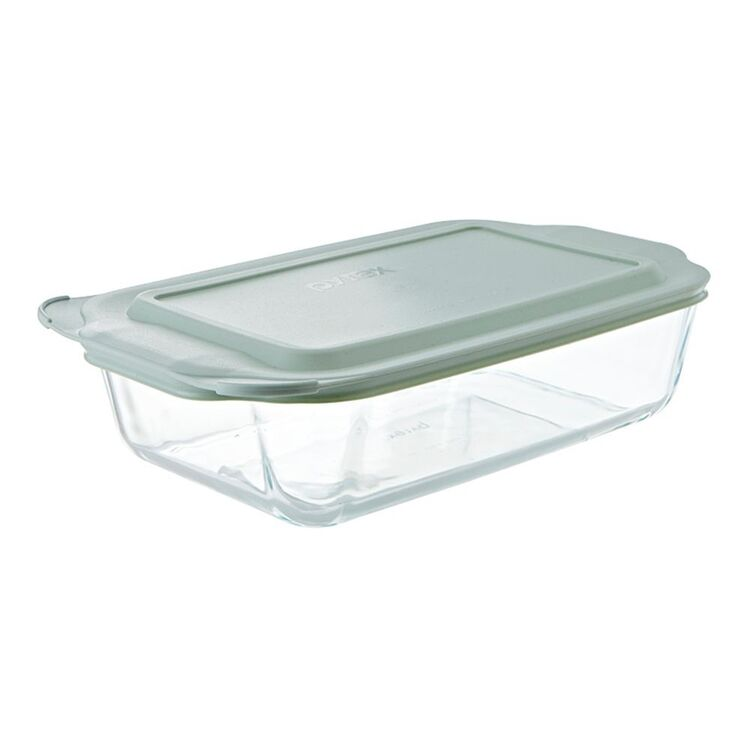 PYREX Deep Dish Rectangle With Lid 3L